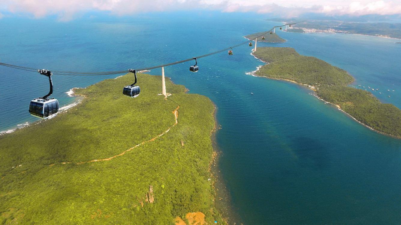 Phú Quốc sắc hè rực rỡ từ góc nhìn 360 độ