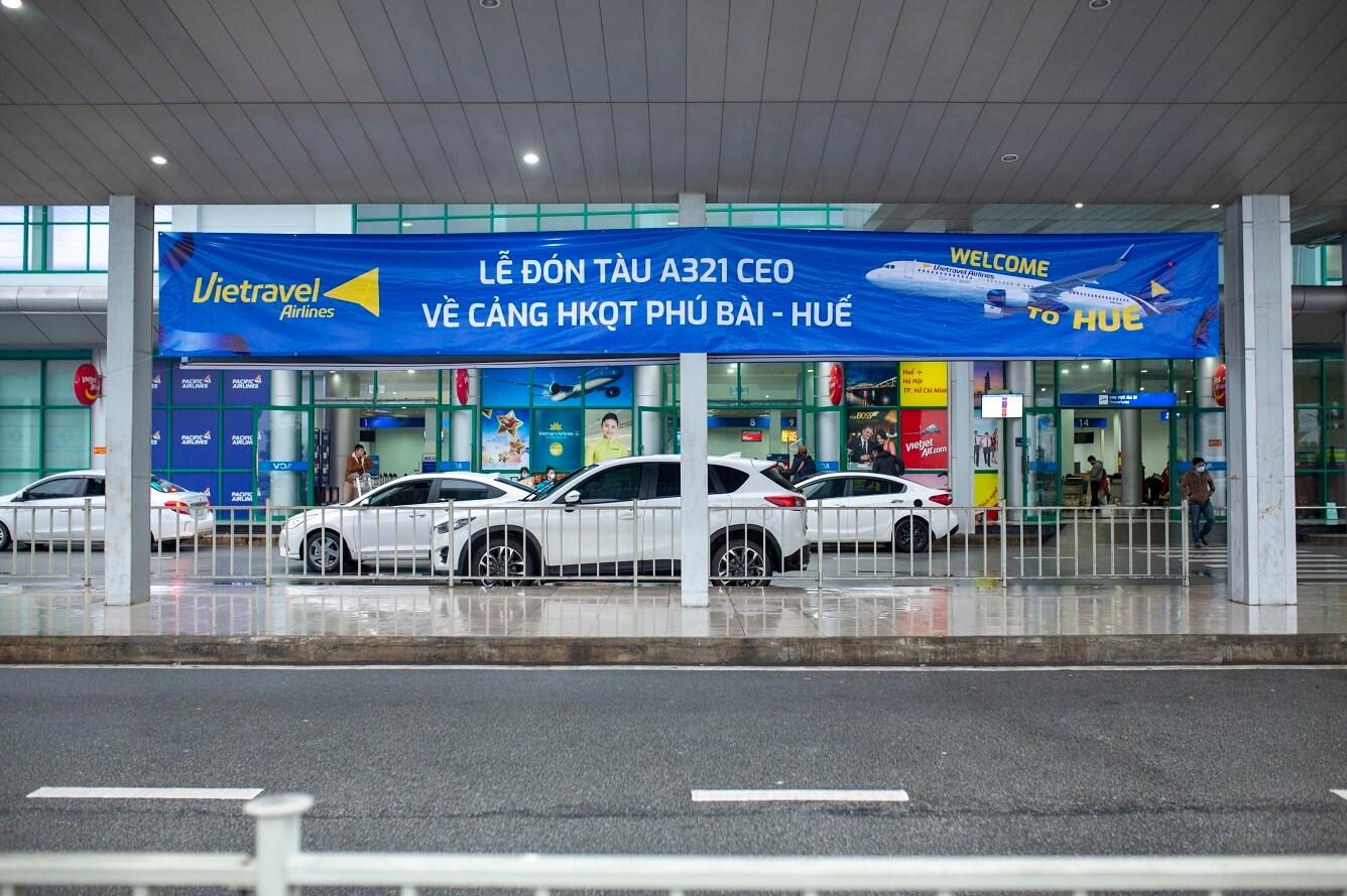 Tàu bay Vietravel Airlines lần đầu tiên hạ cánh tại Cảng Hàng không Quốc Tế Phú Bài