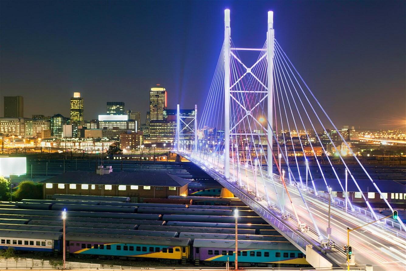 """Lạc giữa """"thành phố vàng"""" Johannesburg"""