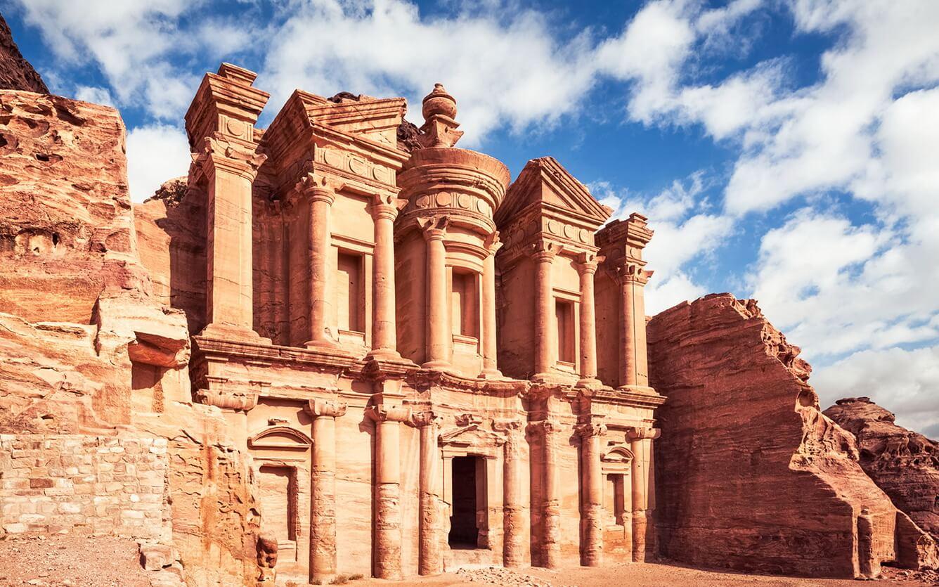 """Rực rỡ """"thành phố hoa hồng đỏ"""" Petra"""