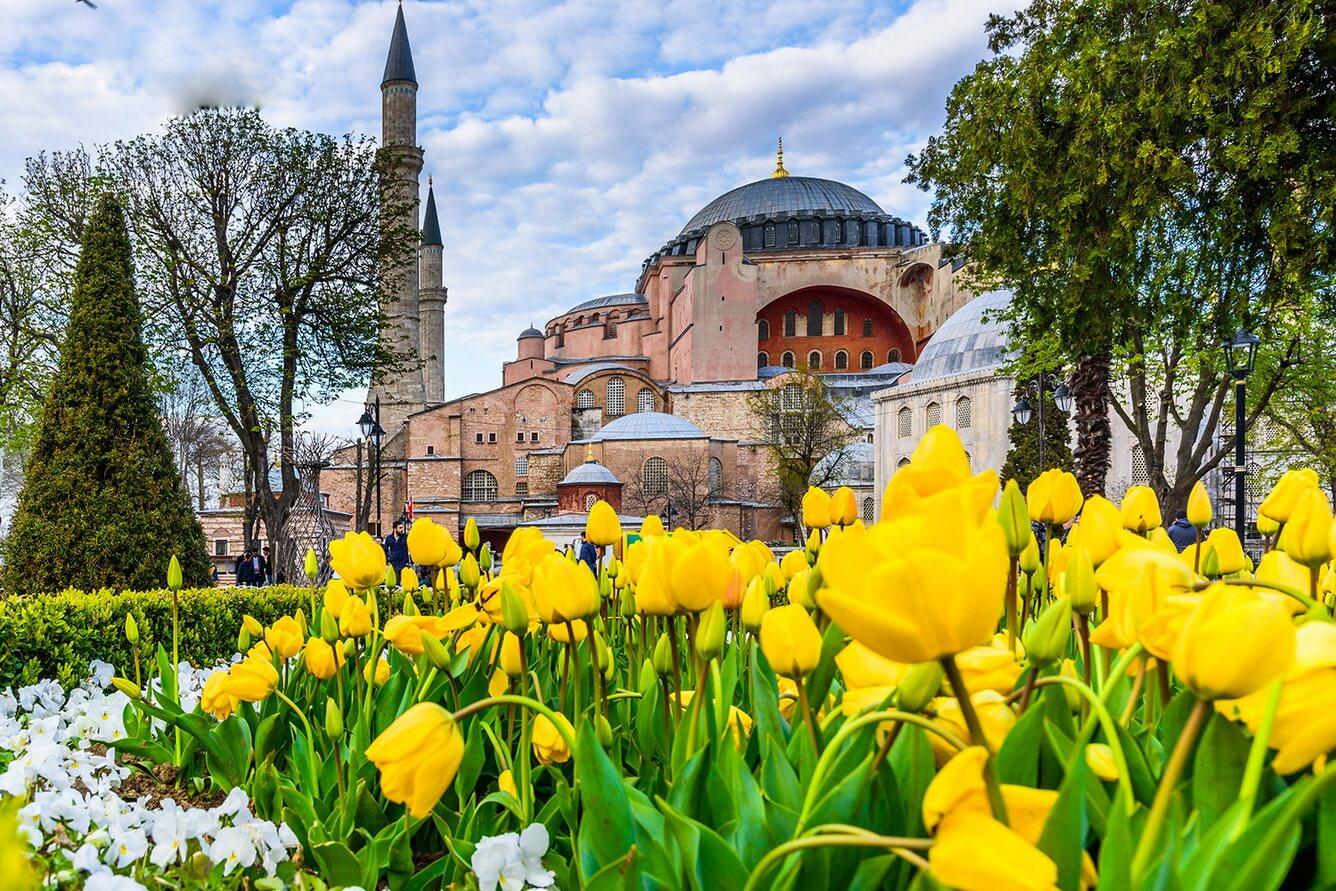 Thổ Nhĩ Kỳ - Hơi thở ngàn hoa đẹp tựa tranh vẽ