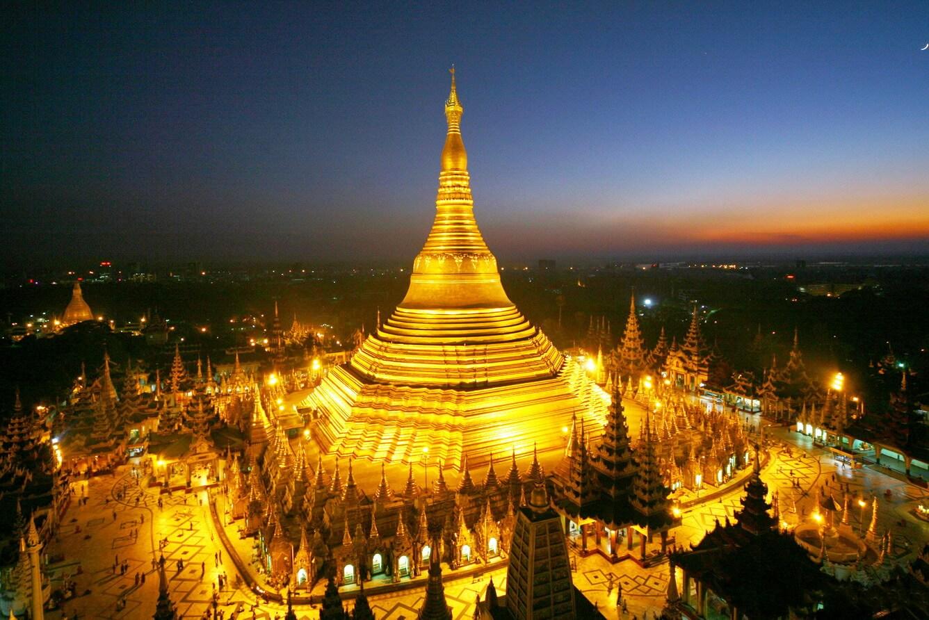 Quần thể chùa Shwedagon tỏa sáng lấp lánh
