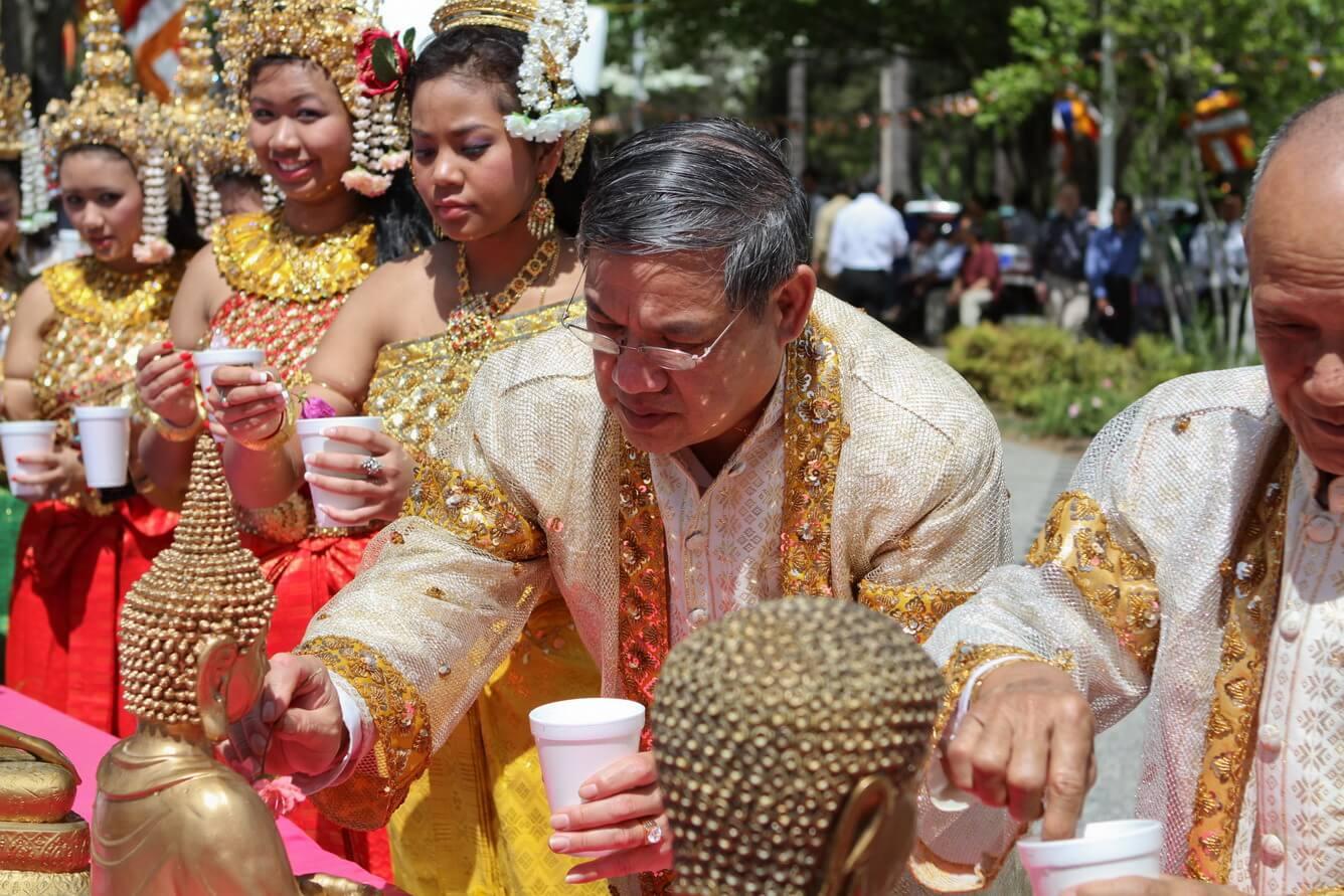 Ngày hội đầu năm Chaul Chnam Thmey ở Campuchia