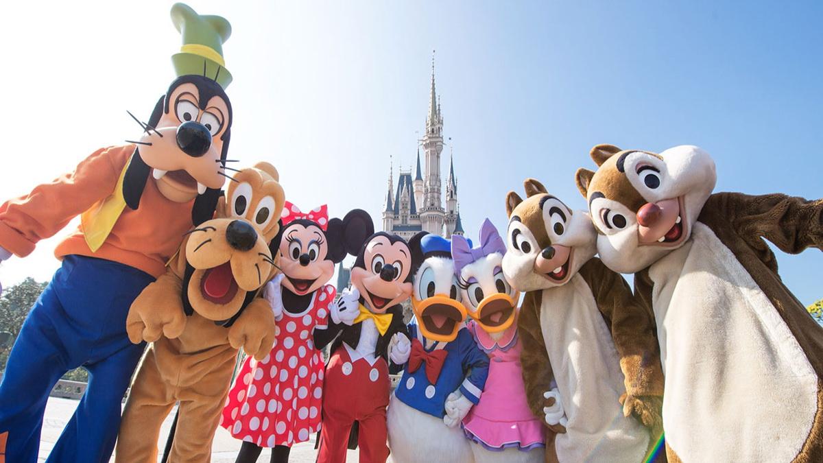 4. Tokyo Disneyland