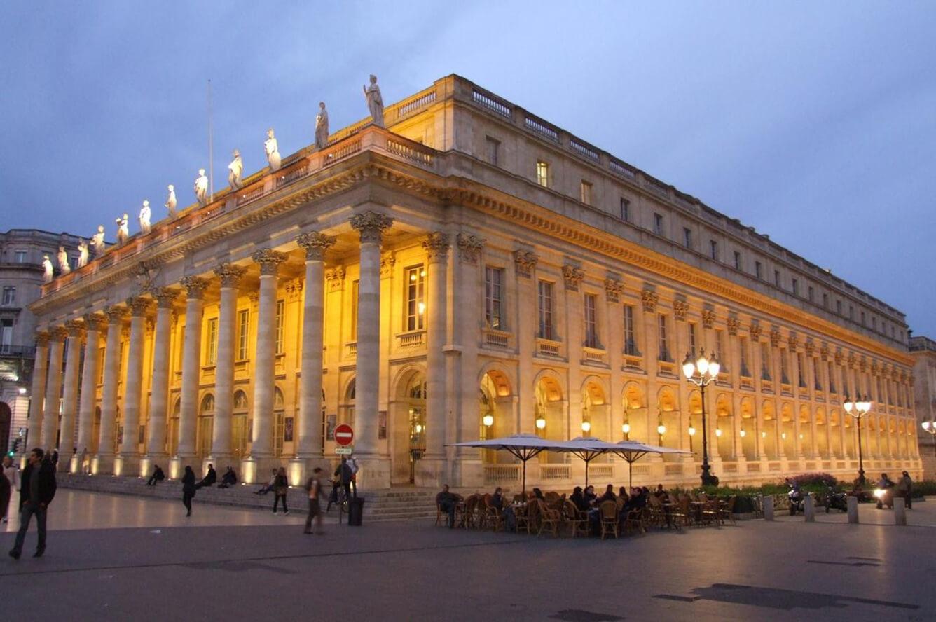 1. Nhà hát Grand Théâtre