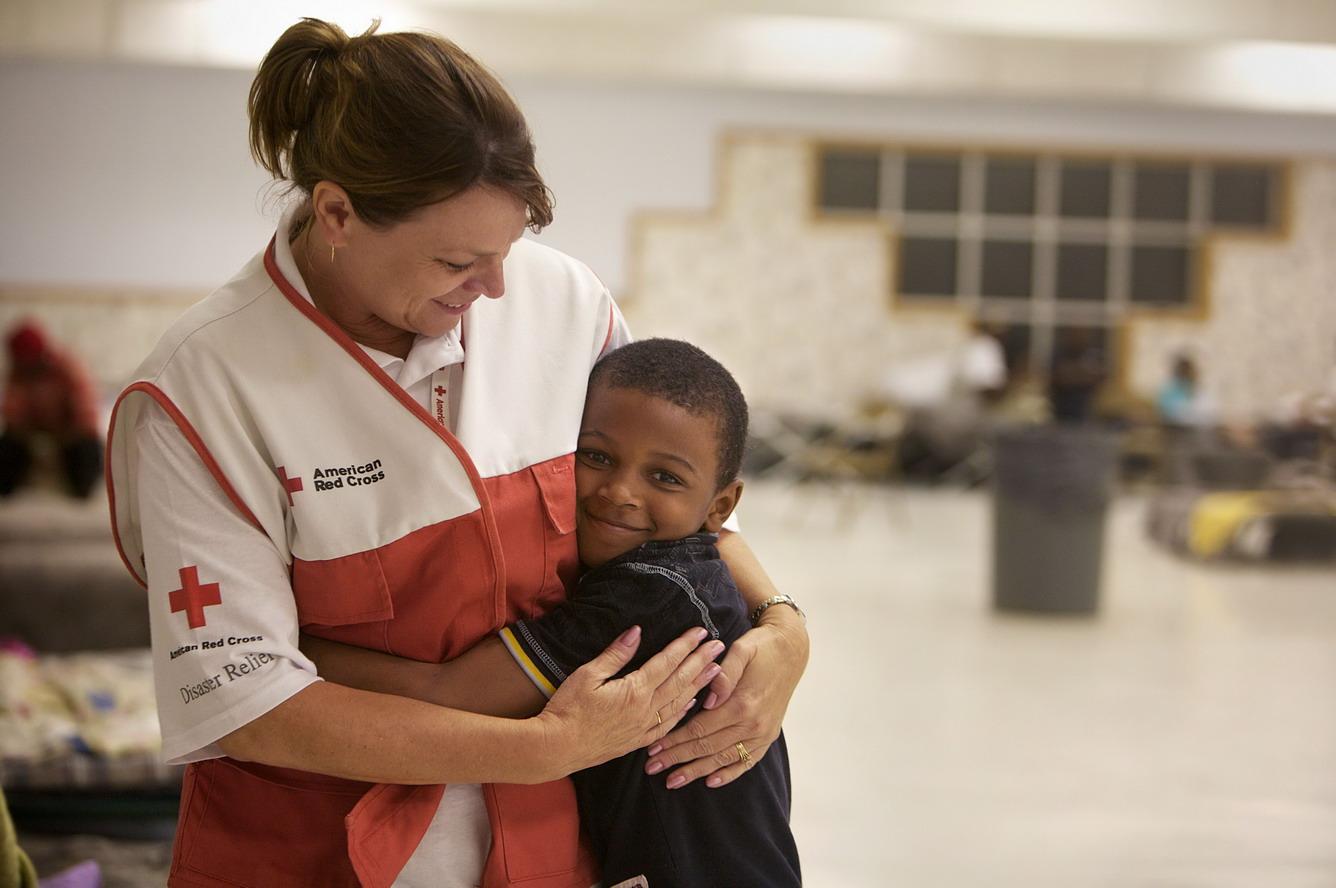 2. Hội Chữ Thập Đỏ - Red Cross