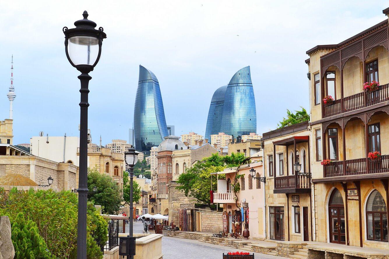 Từ Azerbaijan cổ kính…