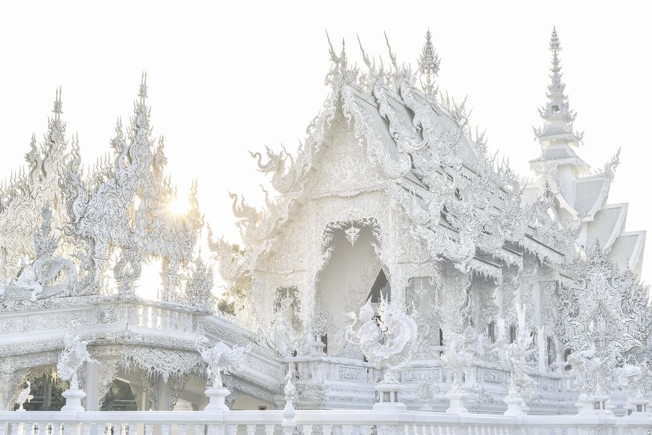 Đến Chiang Rai thăm Chùa Trắng Chùa Xanh độc đáo