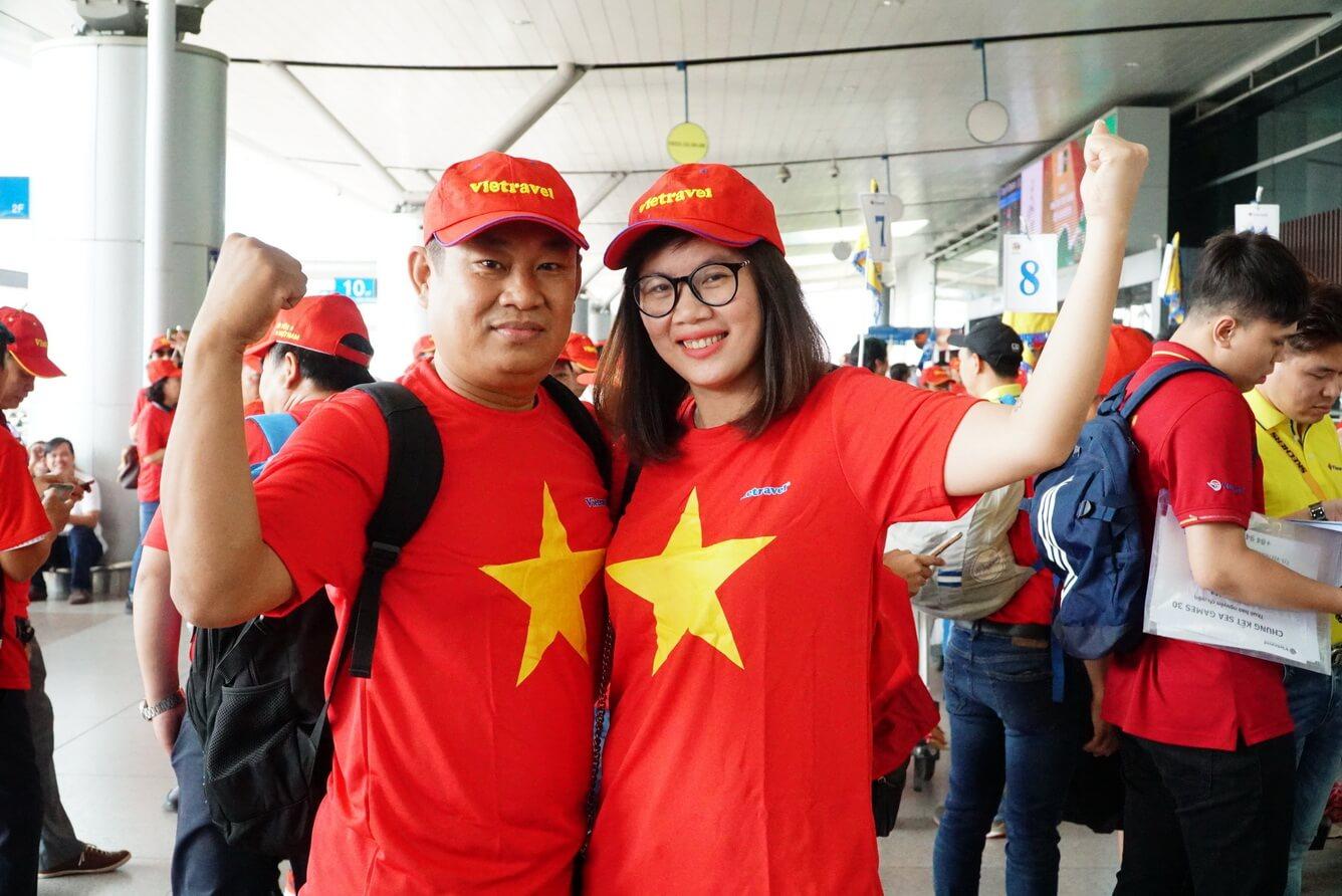 Người hâm mộ rầm rộ sang Philippines 'tiếp lửa' tuyển U22 Việt Nam tại chung kết SEA Games 30