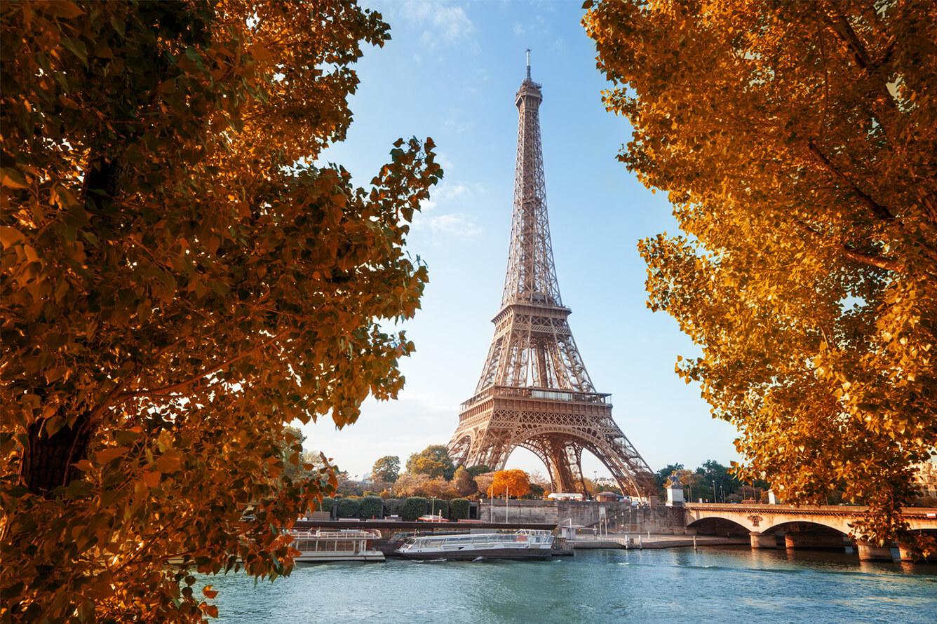 1. Paris (Pháp)