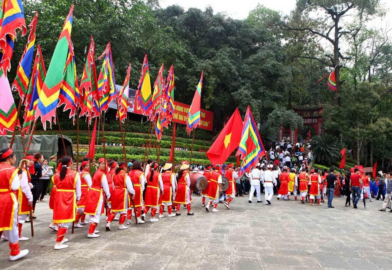 1. Giỗ Tổ Hùng Vương – Lễ hội Đền Hùng