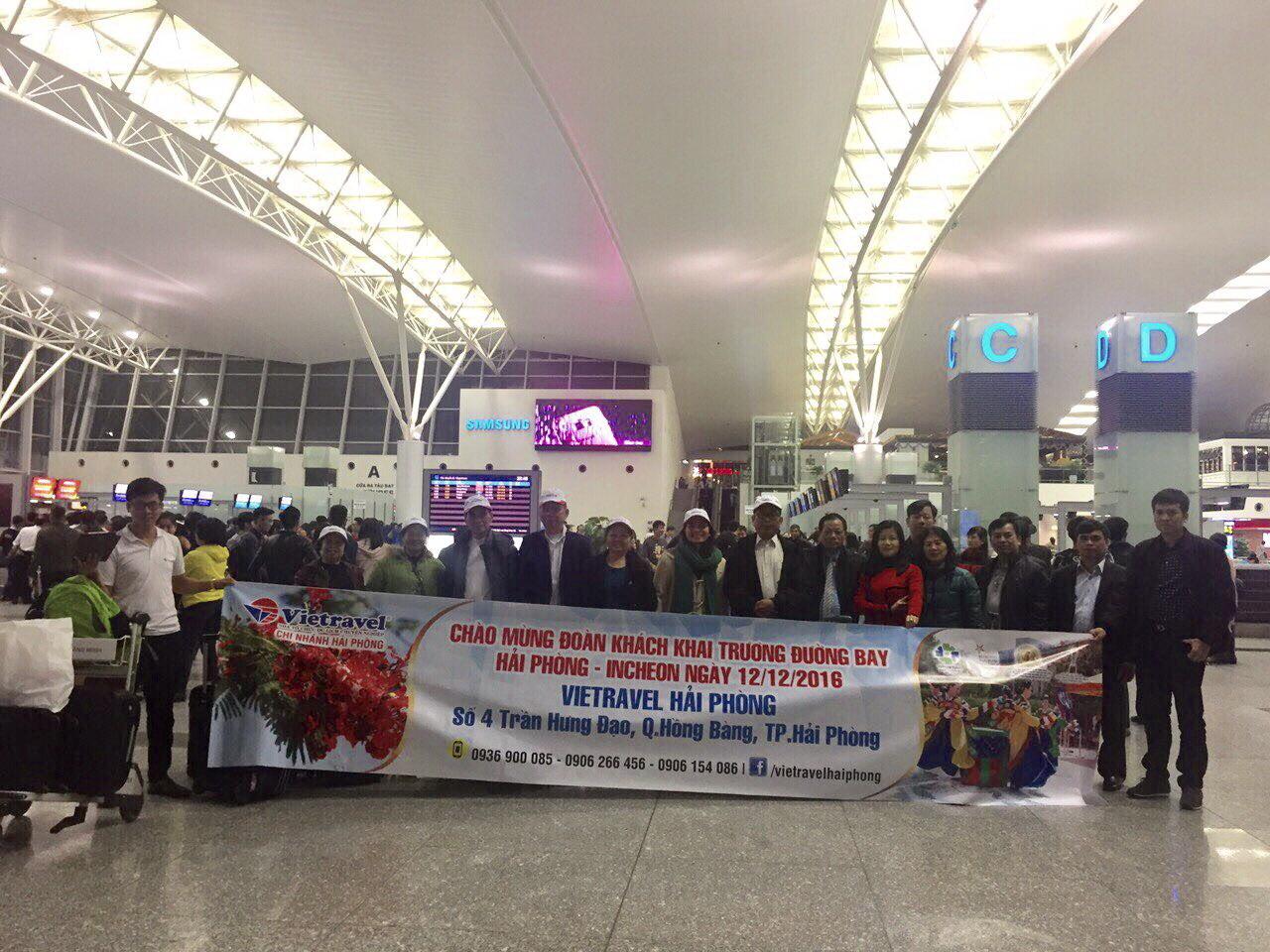 318 du khách đồng hành cùng Vietravel Hải Phòng  trên chuyến bay thẳng đầu tiên Hải Phòng - Seoul ngày 12/12/201