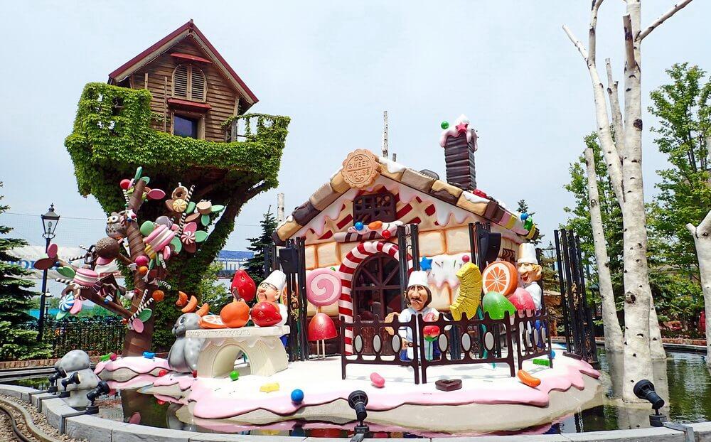 """Công viên Shiroi Koibito - """"vương quốc ngọt ngào"""""""