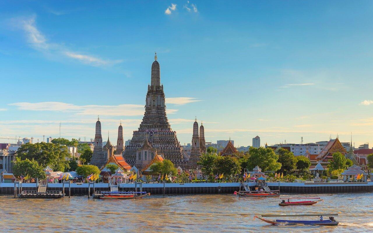 2. Chùa Wat Arun (Thái Lan)