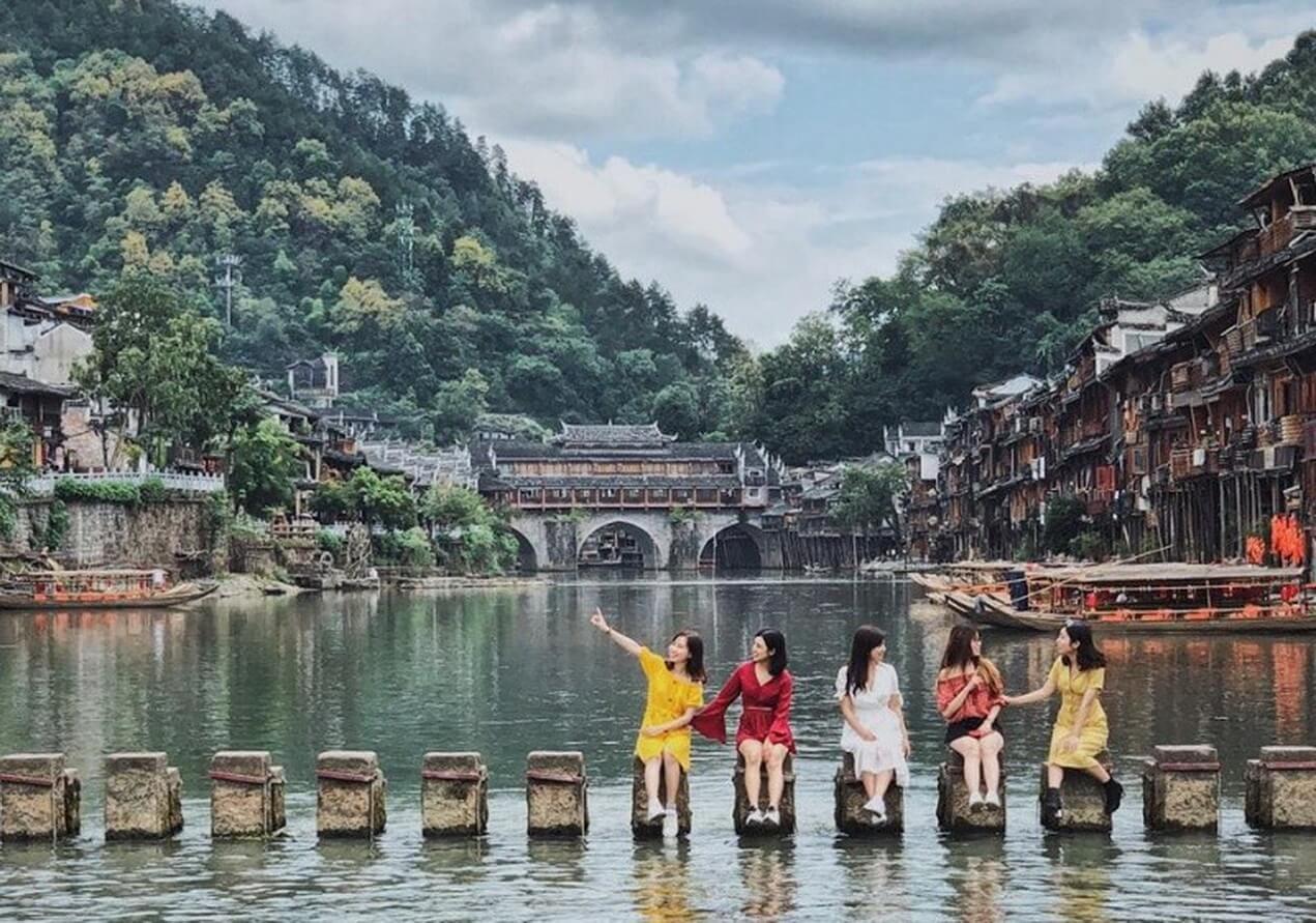 Trương Gia Giới - Phượng Hoàng cổ trấn