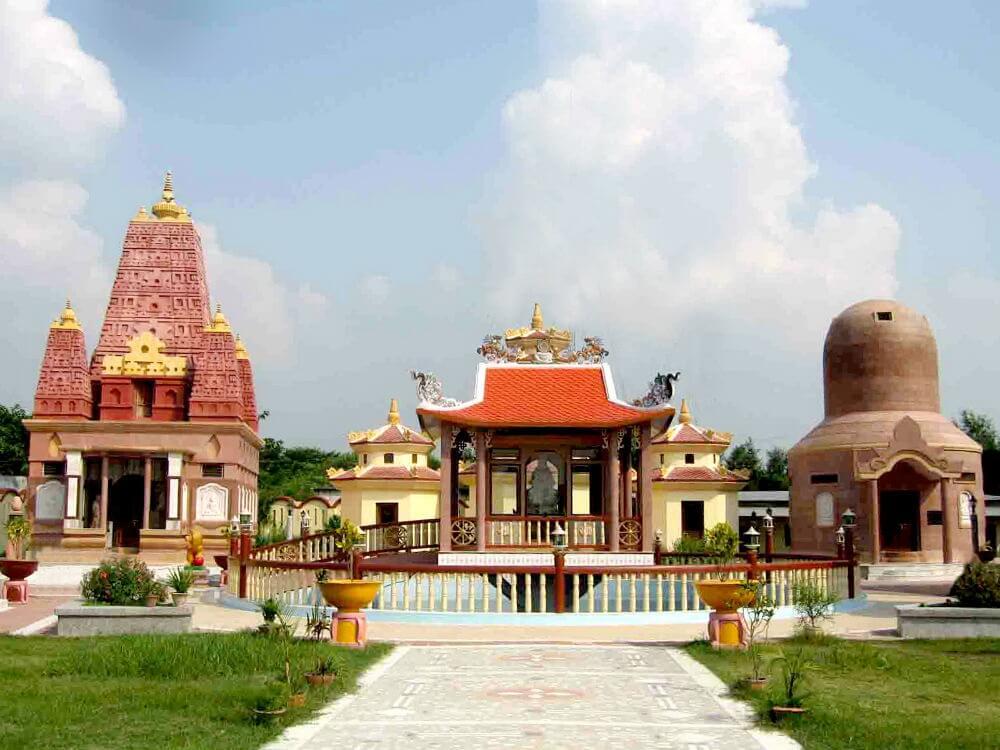 4. Chùa Linh Sơn (Ấn Độ)