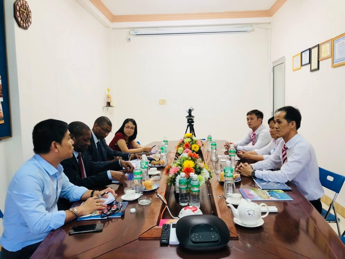Vietravel Nha Trang tiếp đoàn Đại sứ Cộng Hòa Nam Phi
