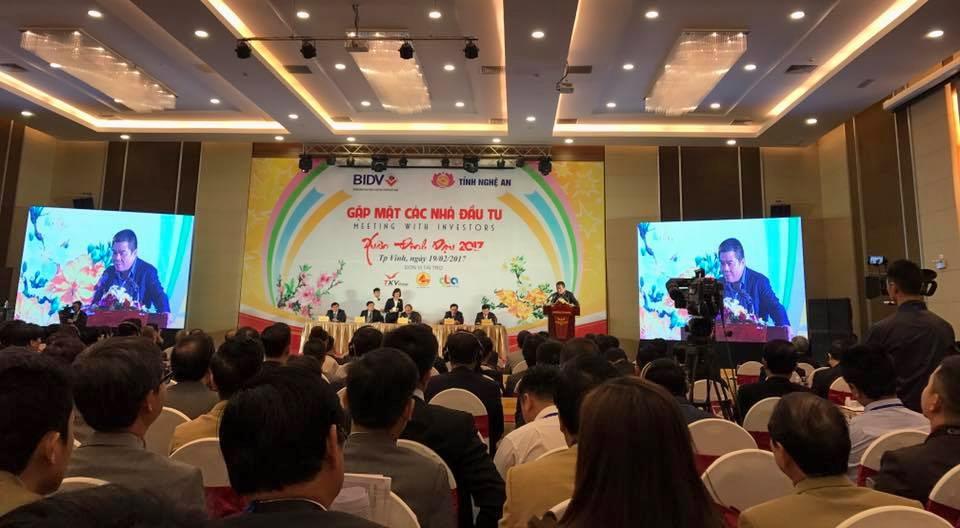 Vietravel đồng hành cùng Hội Nghị gặp mặt các nhà đầu tư Xuân Đinh Dậu 2017 tỉnh Nghệ An