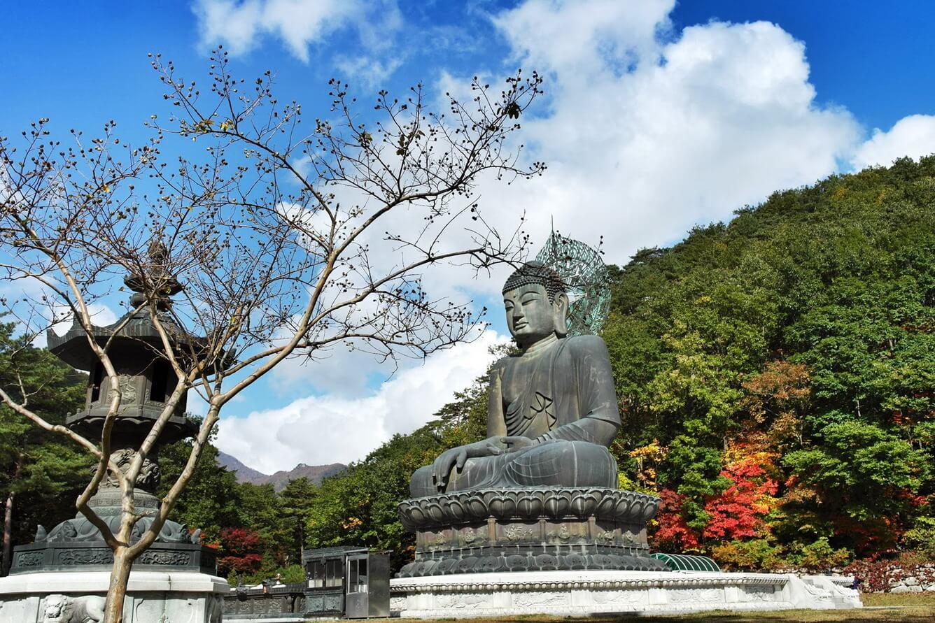 Ngỡ ngàng mùa thu tuyệt đẹp ở núi Seorak - kỳ quan thiên nhiên của Hàn Quốc