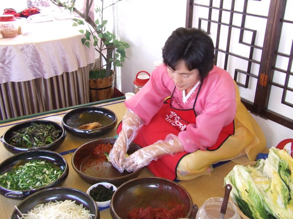 """5. """"Phát sốt"""" với món Kim chi"""