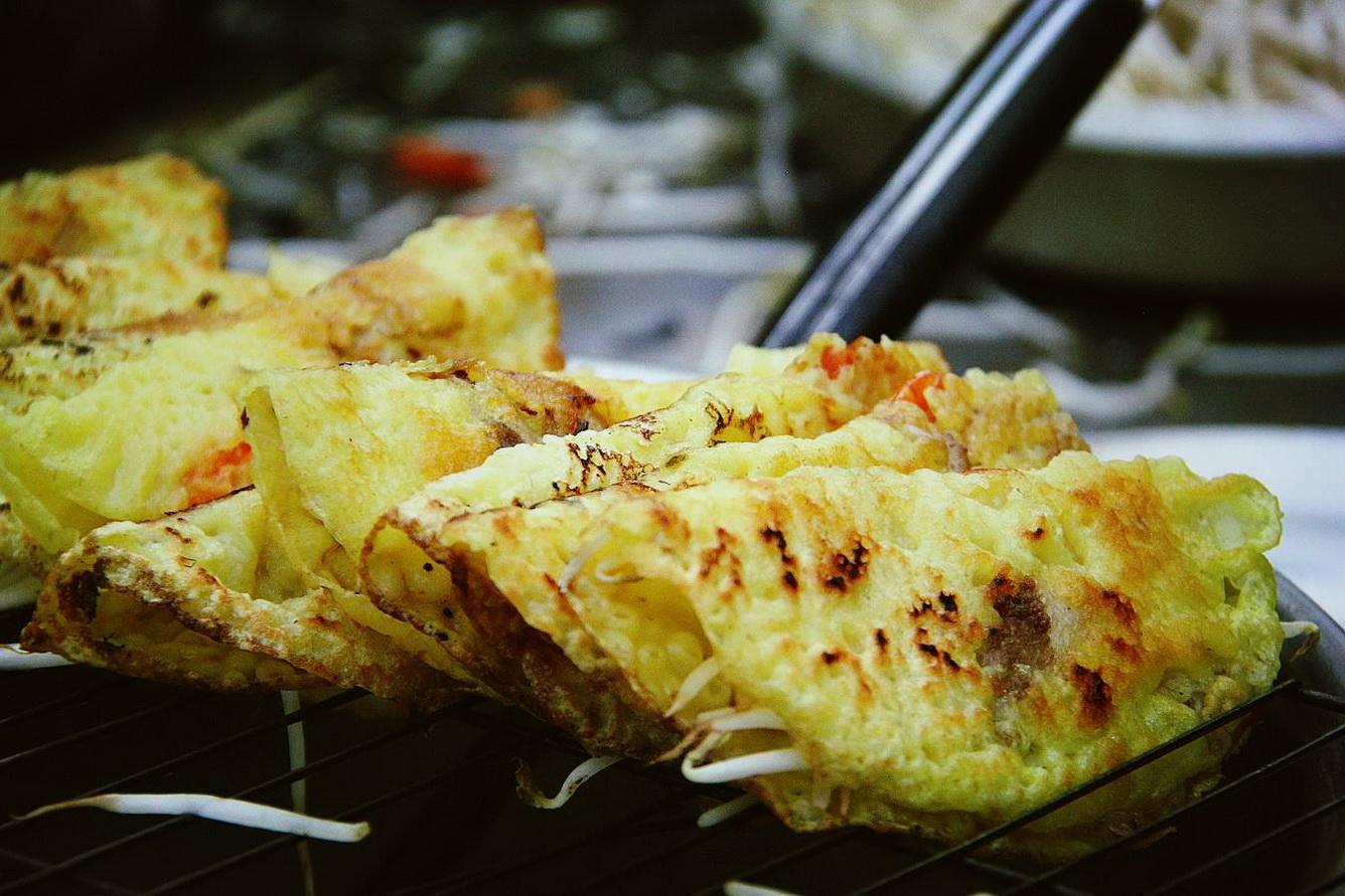 1. Bánh xèo hải sản