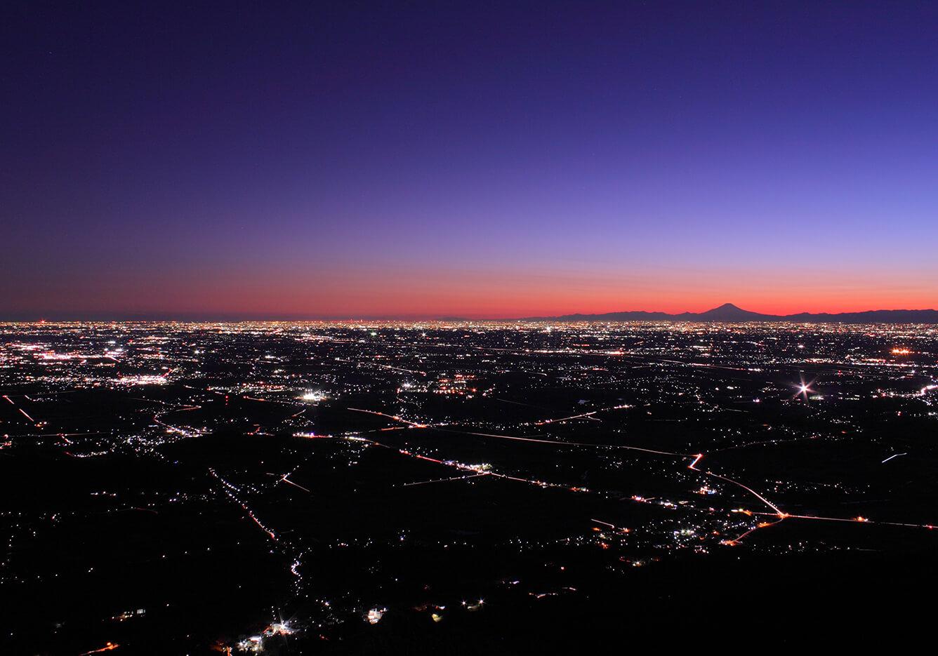 4. Cảnh đêm mà cũng được ghi nhận vào danh sách Di sản ư? Thưởng thức cảnh khuya nhìn từ núi Tsukuba/Tsukuba-shi