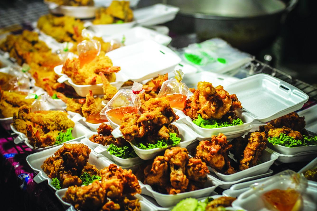 9.    Thưởng thức ẩm thực truyền thống Singapore