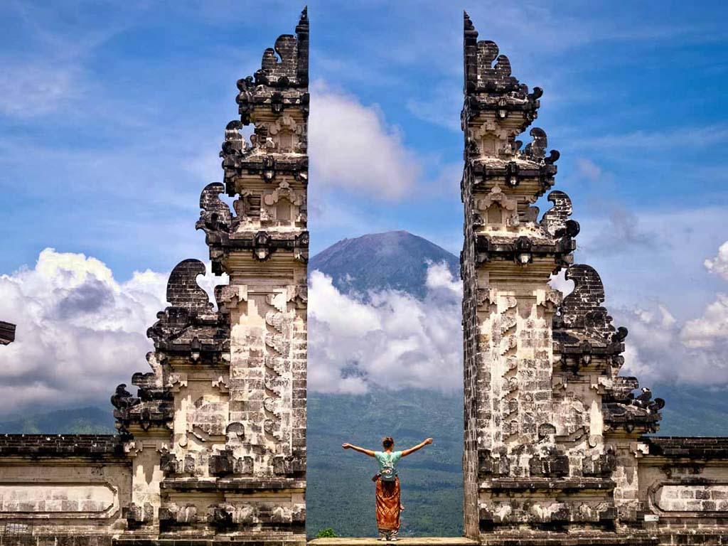 2) Bali, Indonesia