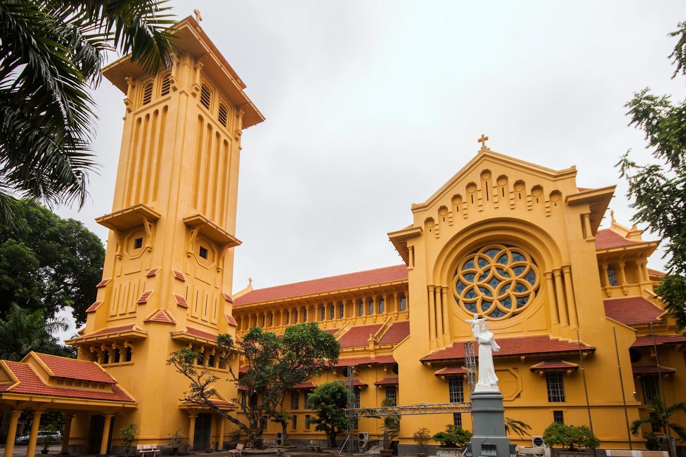 10. Cua Bac Church