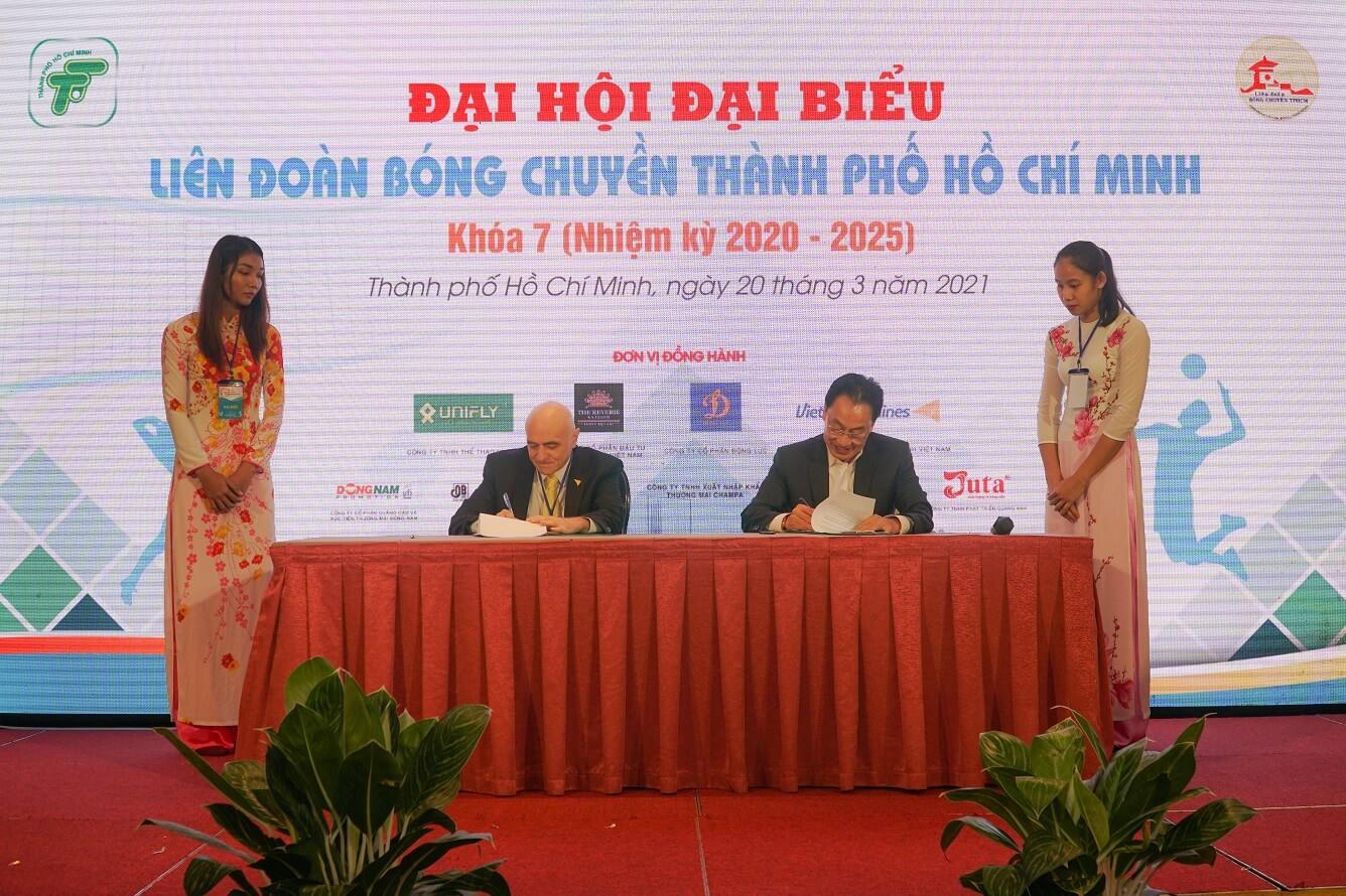 Vietravel Airlines đồng hành  cùng Liên đoàn Bóng chuyền Thành Phố Hồ Chí Minh