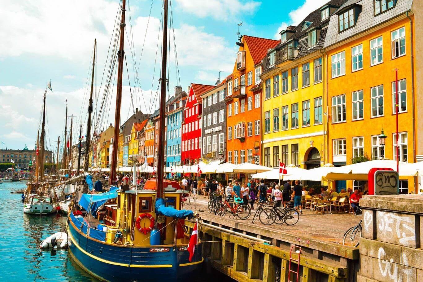5. Copenhagen đa sắc màu (Đan Mạch)