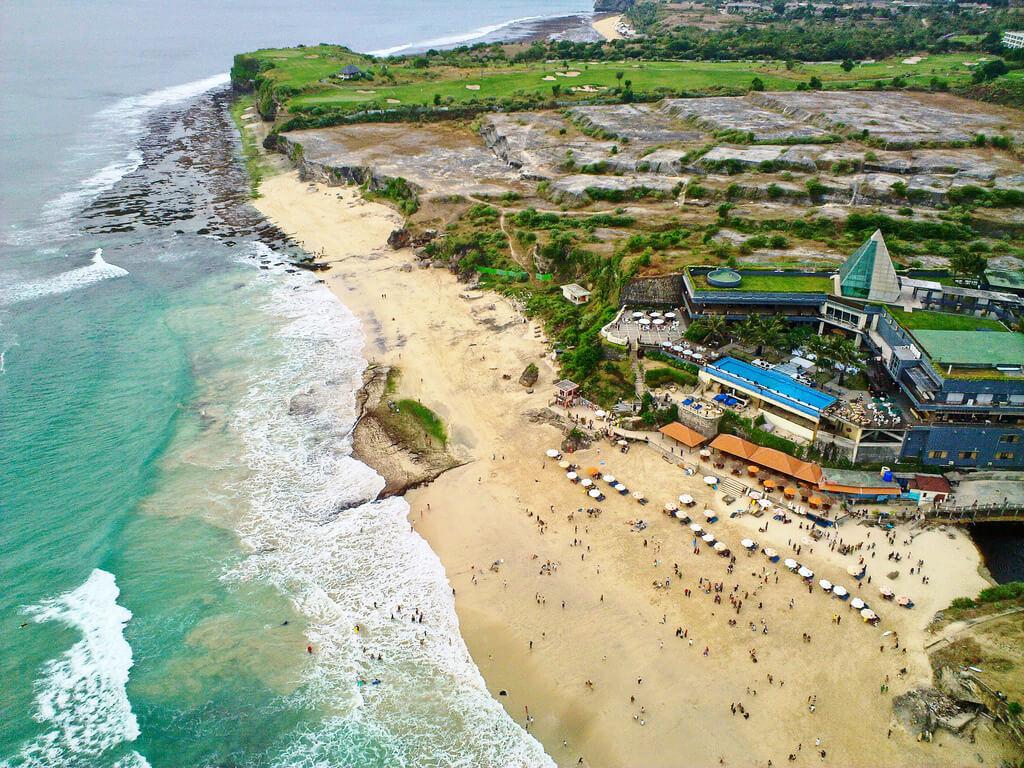 9. Dreamland Beach