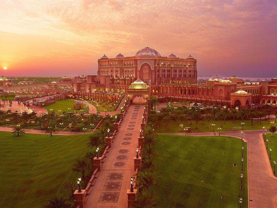 3. Emirates Palace Hotel