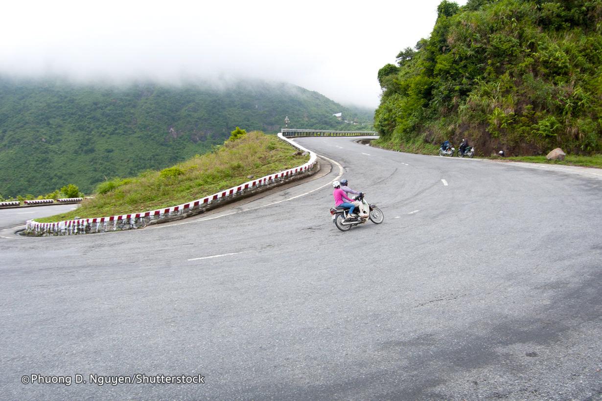 Hai Van Pass, An awesome road trip in Vietnam