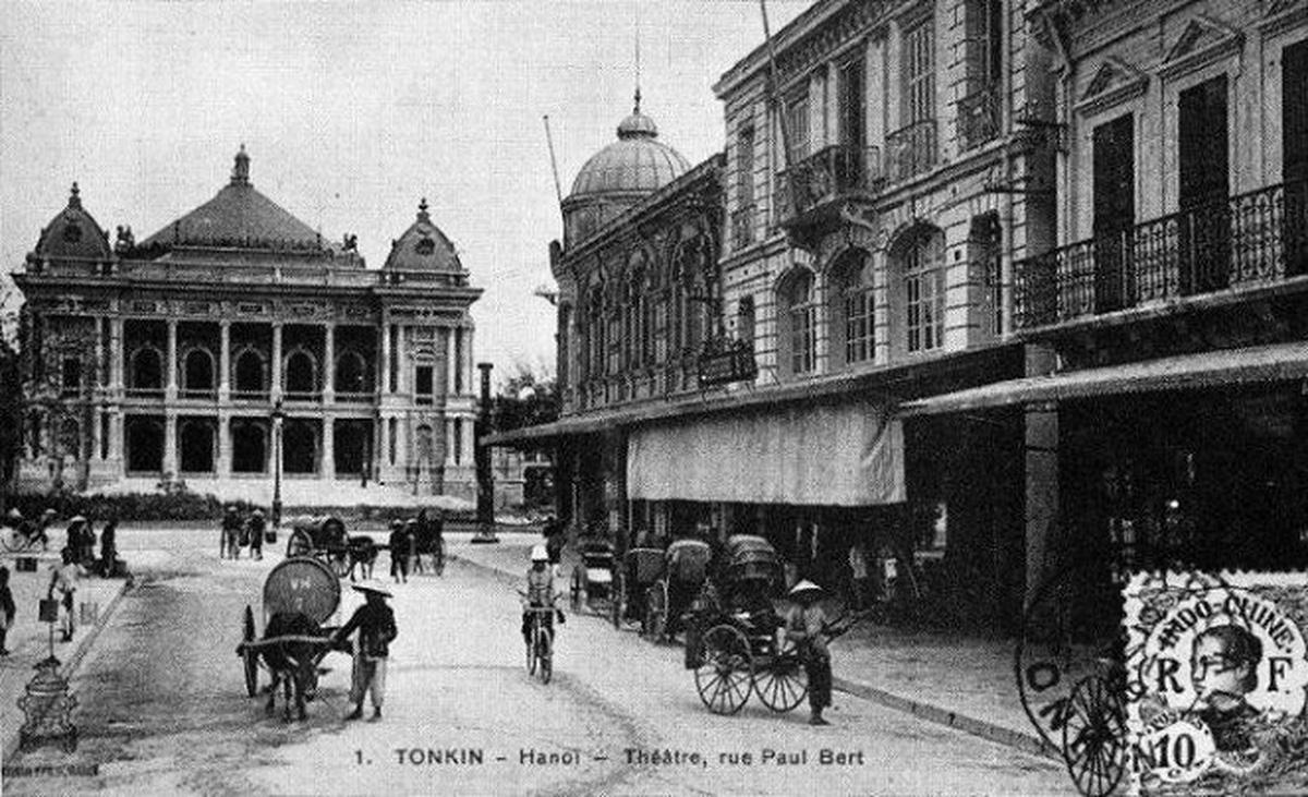 Hanoi Opera House Highlights