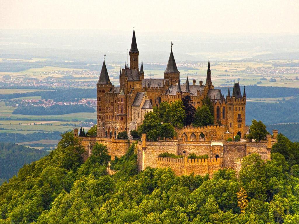 6. Hohenzollern Castle