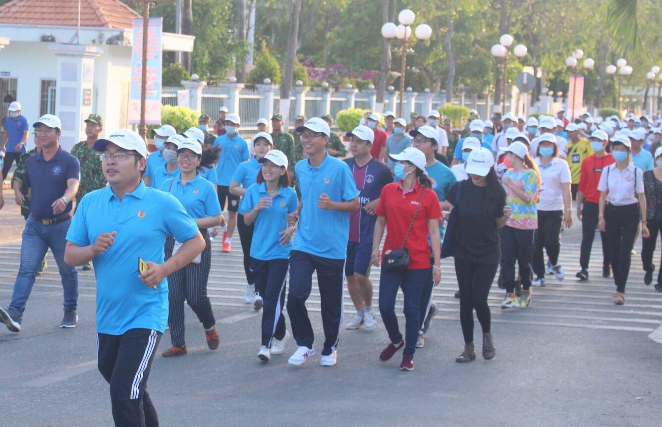 """Vietravel đồng hành cùng Lễ phát động Cuộc vận động """"Toàn dân rèn luyện thân thể theo gương Bác Hồ vĩ đại"""" và ngày chạy Olympic vì sức khỏe toàn dân tỉnh Bạc Liêu năm 2021"""