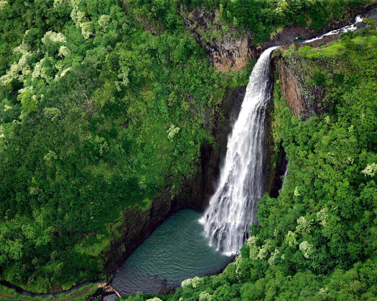 Manawaiopuna Falls (Hawaii, USA)