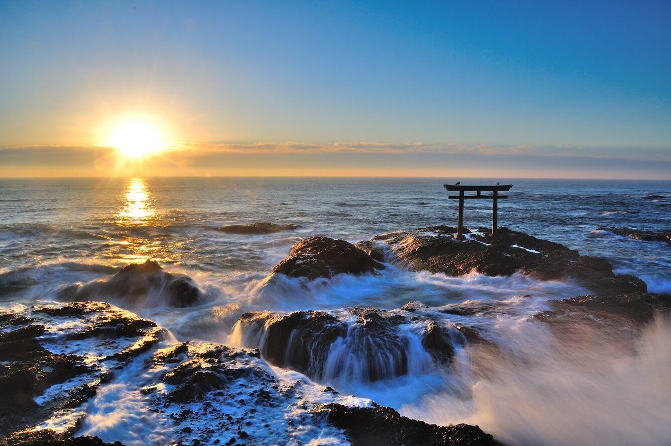 Cổng Torii của Kamiiso - Đền thờ Thần đạo trước Owashi