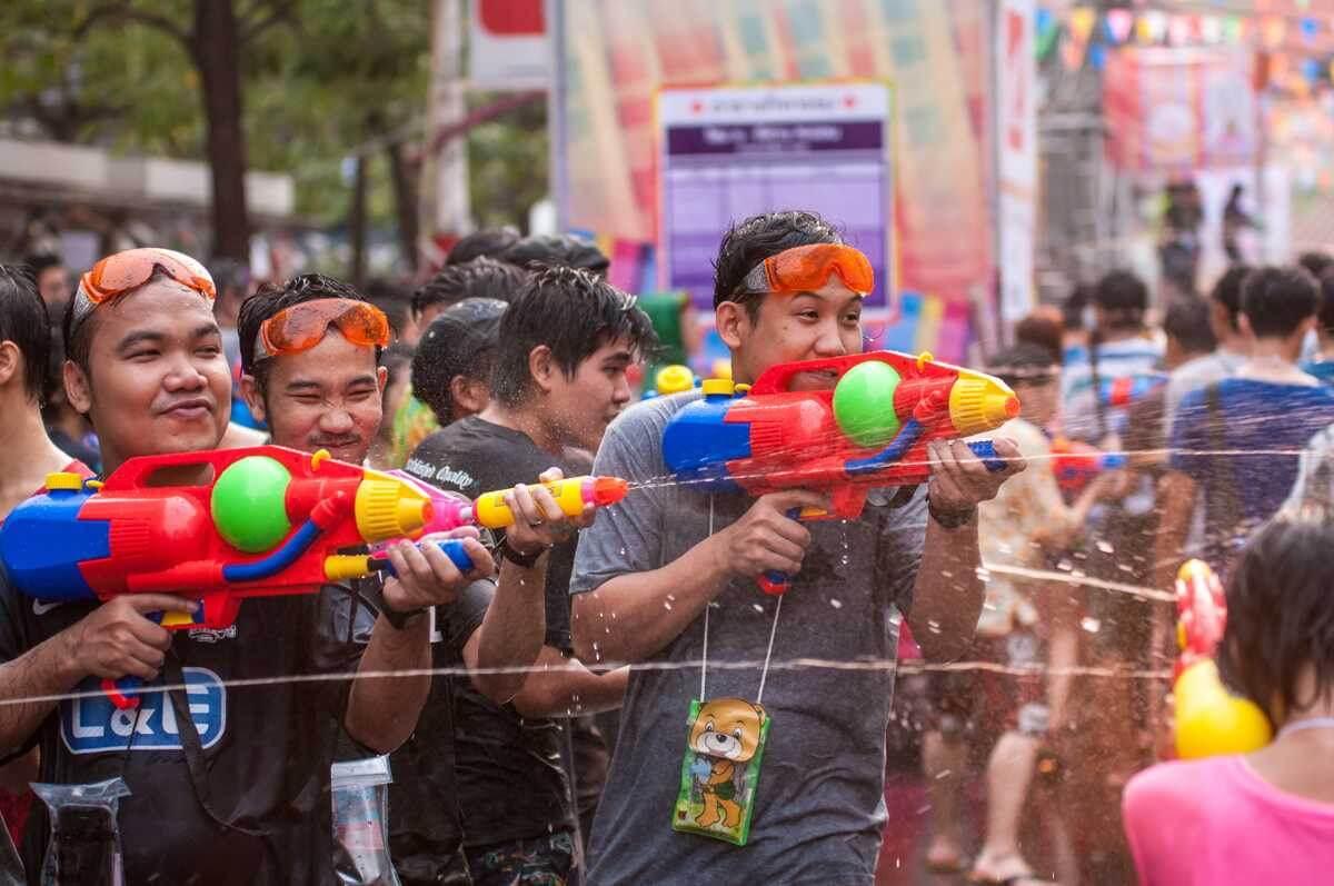 Những điều lưu ý trong lễ hội té nước
