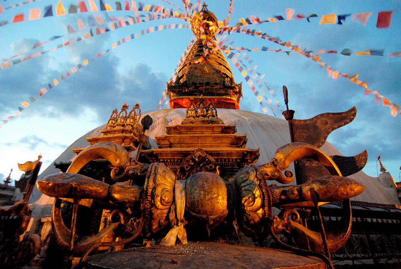 Bảo Tháp Swayambhunath Thiêng Liêng của Nepal