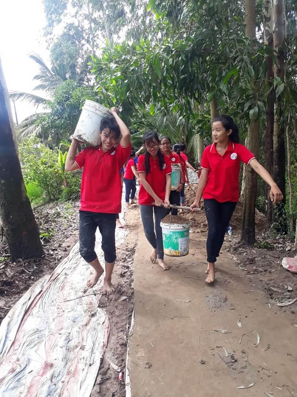 Vietravel Rạch Giá đồng hành cùng Chiến dịch Thanh Niên Tình Nguyện hè 2018