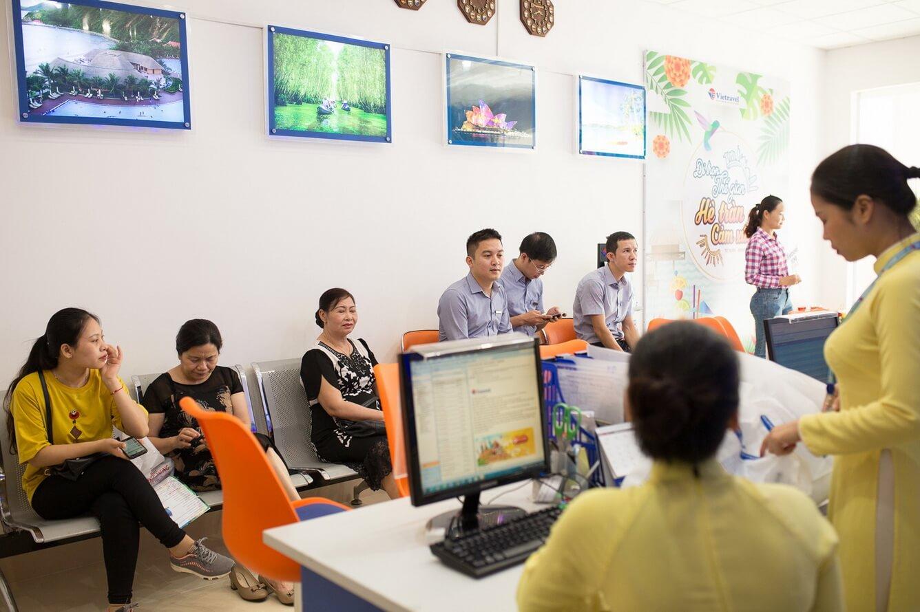 Xông đất văn phòng mới Vietravel Vinh tuần khuyến mại Vàng ưu đãi ngập tràn (10 - 17/06/2019)
