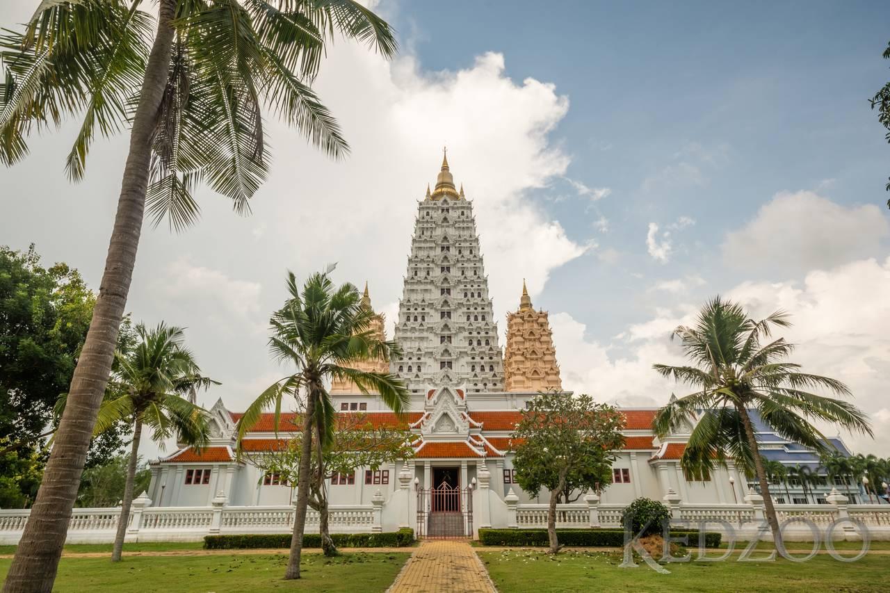 4. Wat Yansangwararam