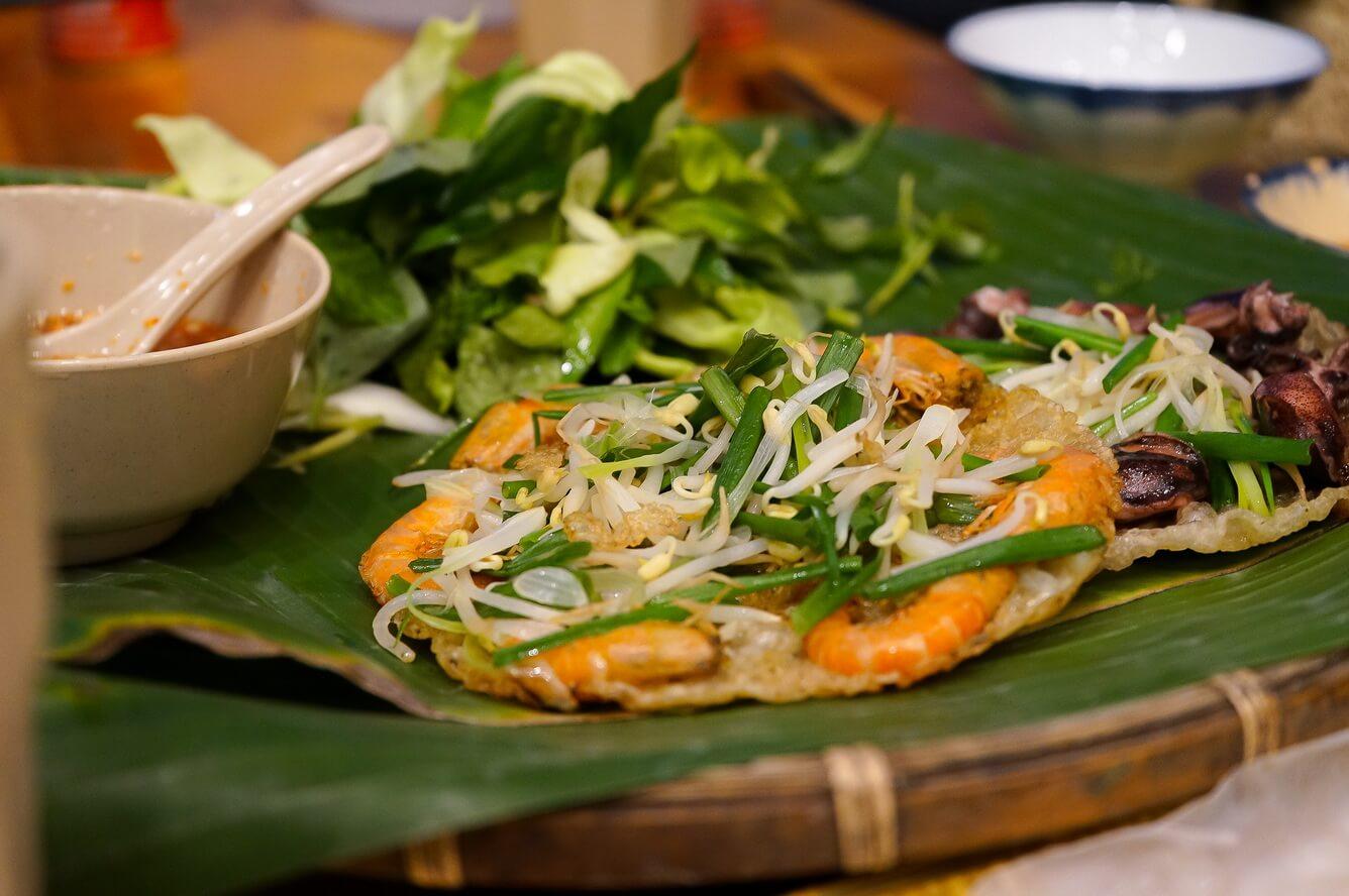 Đến Quy Nhơn ở đâu, ăn gì?