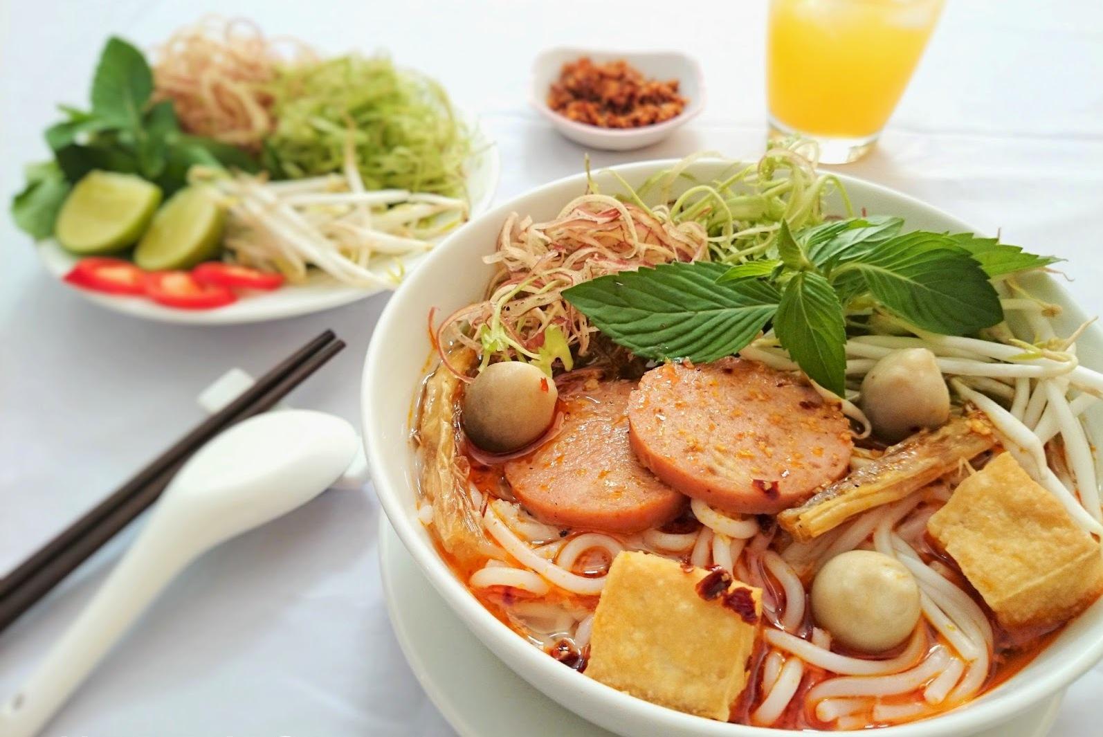 Bun Bo (Beef Rice Noodle Soup)
