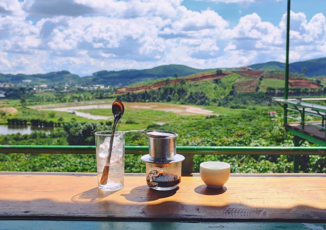 Đậm đà cà phê chồn đất Việt
