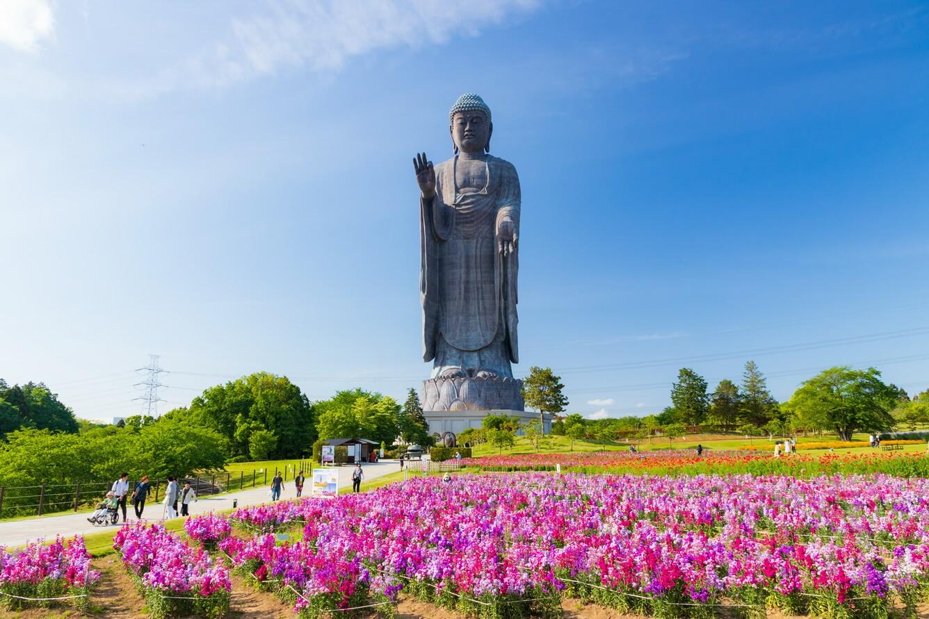 Chiêm bái tượng Đại Phật Ushiku (Ibaraki)