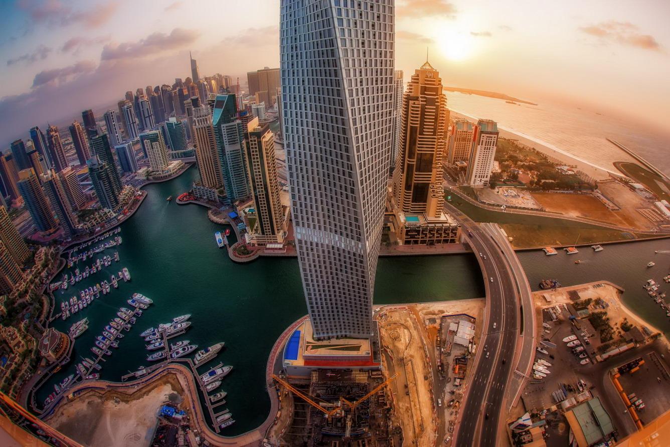 Ngắm mây trời từ đỉnh cao của kiến trúc thế giới