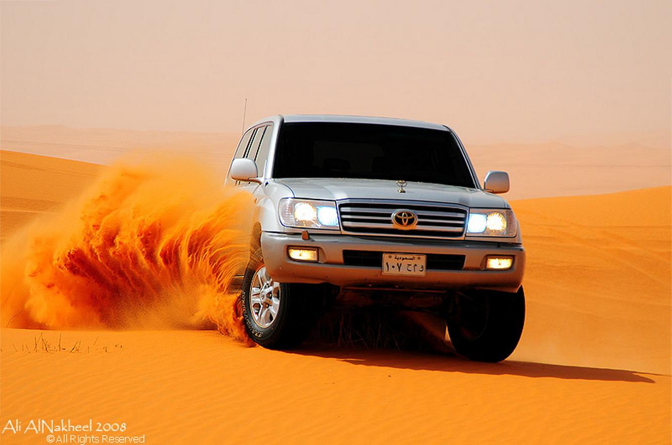 """Đóng phim hành động với """"Desert safari tour"""""""